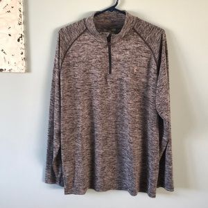 Under Armour men's sz L loose pullover like new